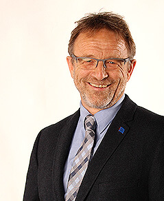 Prof. Dr.iur. Thomas Trenczek, M.A; eingetragener Mediator (S.C.Qld.; BMJ, Wien) Lehrtrainer (BMWA)